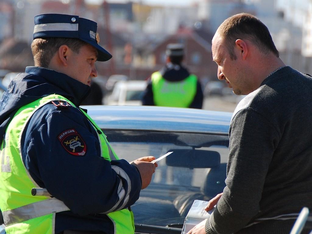 общении с инспектором